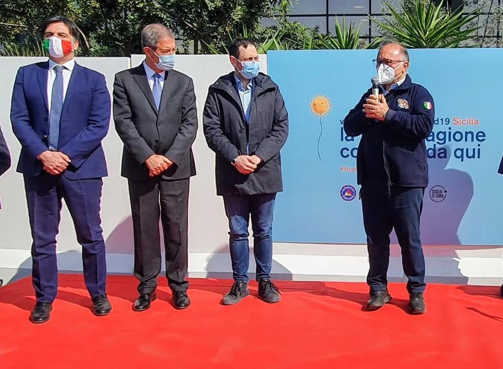 Catania. Apre il secondo Hub regionale per la Vaccinazione. Prime dosi ai volontari di Protezione Civile