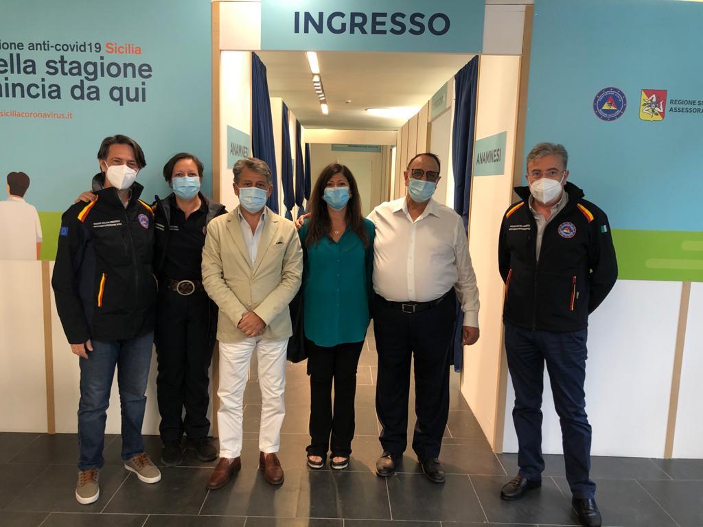 Misterbianco. Al centro Nelson Mandela avviato il secondo Hub Vaccinale della provincia di Catania