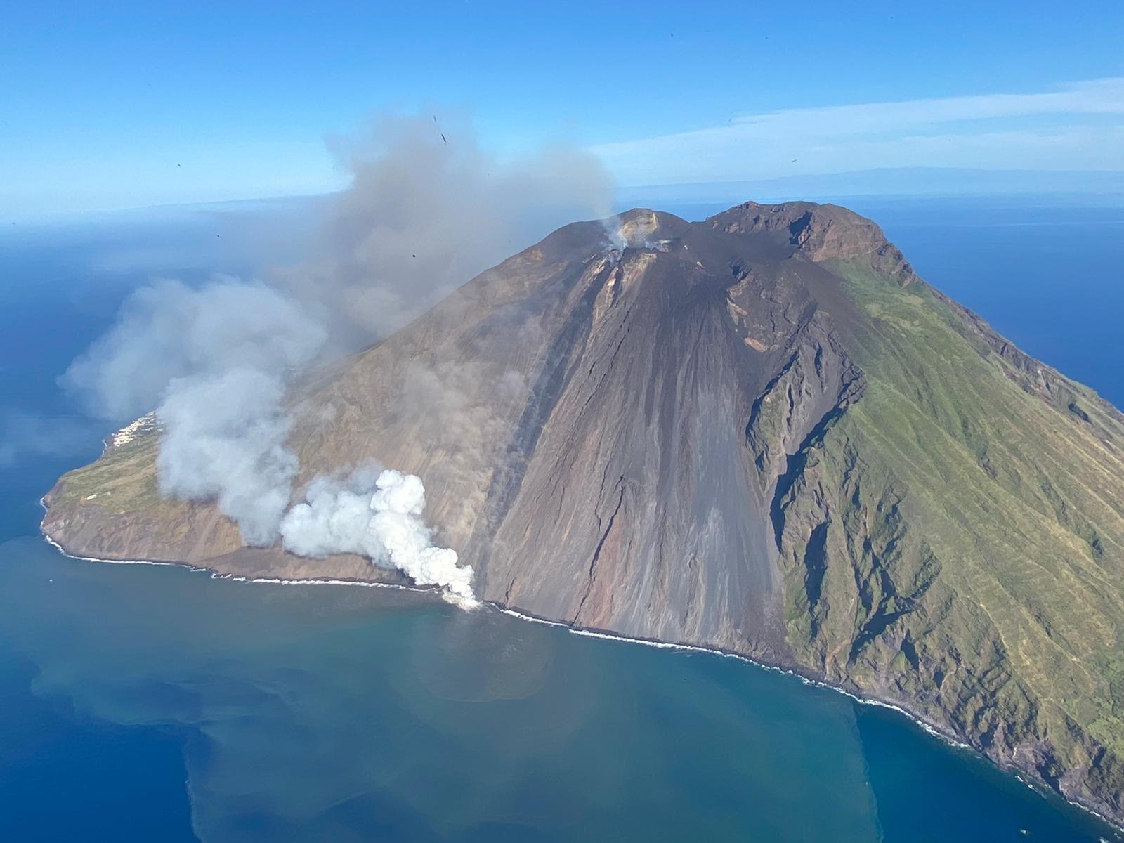 Stromboli e Panarea, oggi sarà provato il sistema di allertamento sonoro per la segnalazione di rischio tsunami. E' solo un'esercitazione. (aggiornato con video esercitazione)