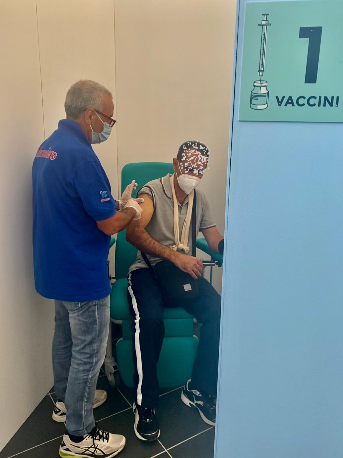 Nuovi HUB vaccini. Sciacca (AG),  Taormina (Me) e Padiglione degli Acquarelli a Palermo. Da oggi iniziano le somministrazioni